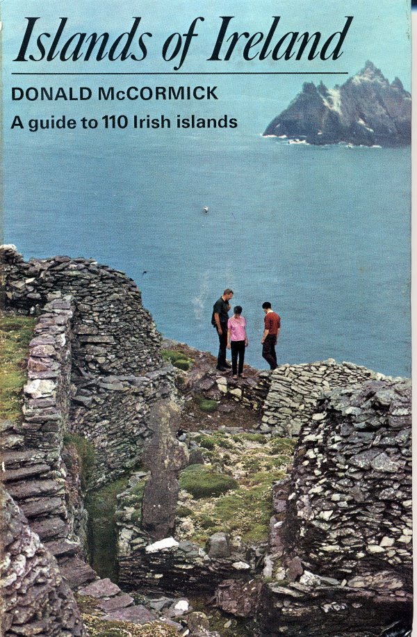 Islands of Ireland - A guide to 110 Irish Islands - Donald McCormick - Osprey - 1974